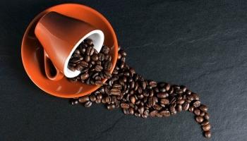 1 ☕ descafeinado tem 0️⃣ % cafeína? Saiba tudo.